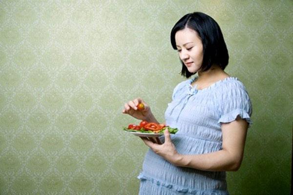 5 đồn thổi ăn uống lúc mang thai