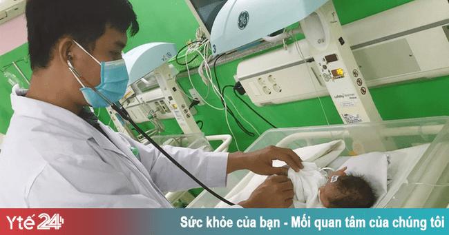 Choáng mất máu do vỡ tử cung, vào viện bác sĩ mổ bắt con mới biết mình… mang thai