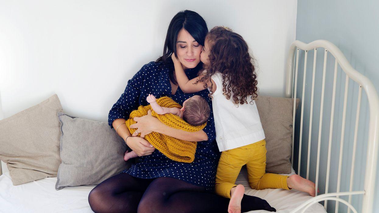 Gửi người mẹ mới của hai người: Một lời khuyên của tôi