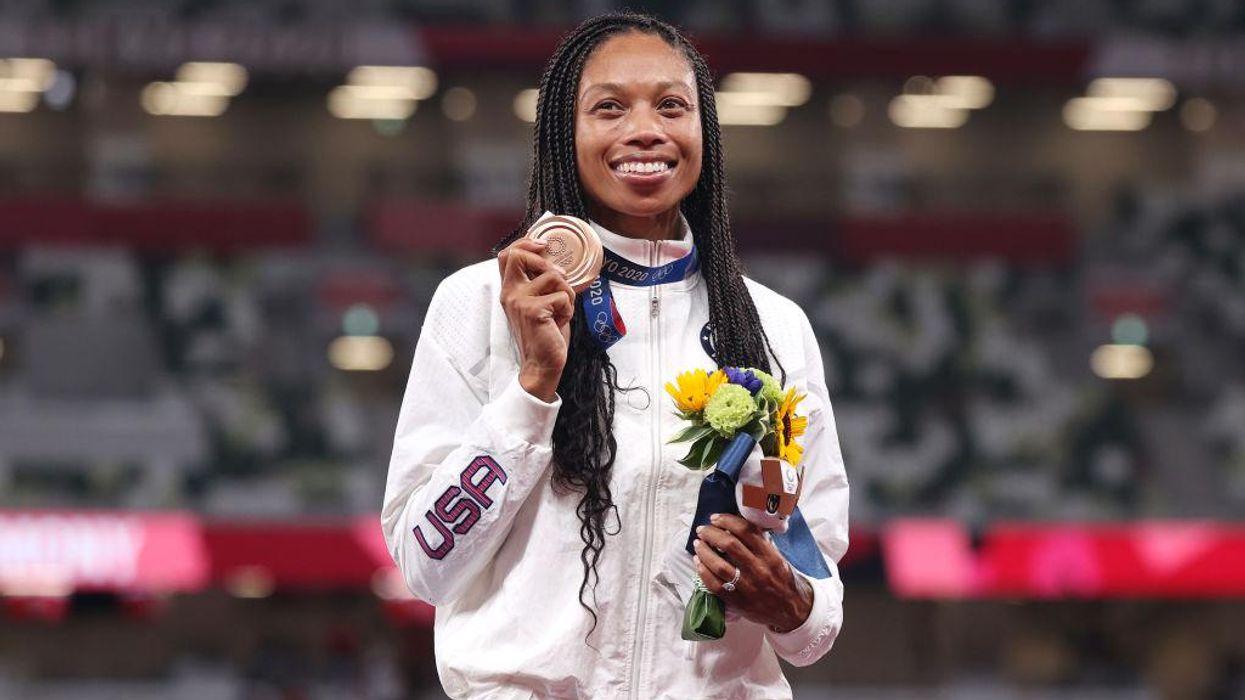 Olympian và mẹ Allyson Felix hiện là nữ vận động viên điền kinh được trang điểm nhiều nhất trong lịch sử