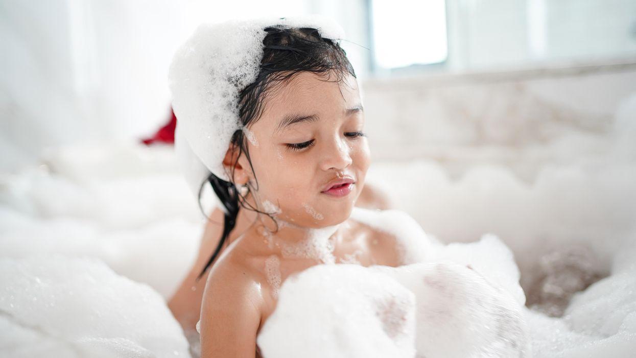 22 cách đơn giản để giải trí cho trẻ mới biết đi của bạn