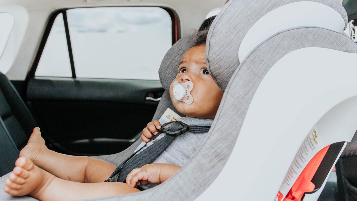 5 ứng dụng an toàn nhắc bố mẹ có em bé ở ghế sau