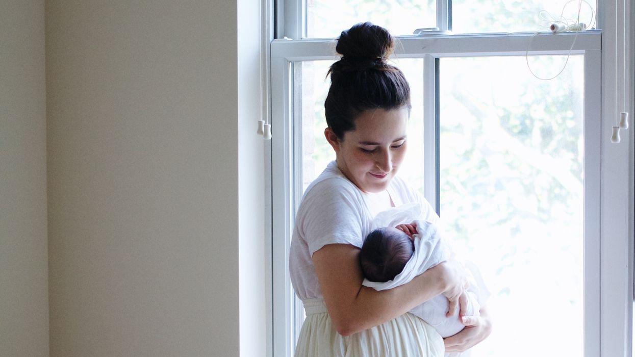 Doulas sau sinh là hệ thống hỗ trợ tất cả các bà mẹ mới sinh con cần