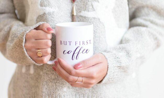 Nghiên cứu cho biết ngay cả một chút cà phê khi mang thai cũng có thể ảnh hưởng đến trọng lượng khi sinh của em bé