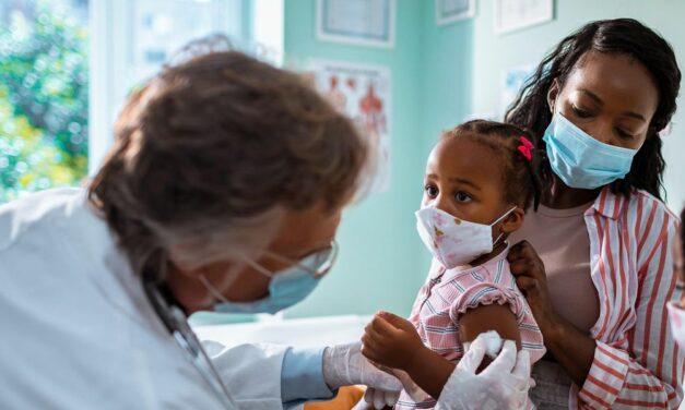 Tỷ lệ tiêm chủng ở trẻ em tiếp tục giảm mạnh kể từ khi bắt đầu đại dịch