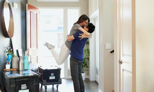 Nữ hộ sinh và Cuộc sống – Phải làm gì khi bạn lần đầu tiên dọn vào nhà của mình