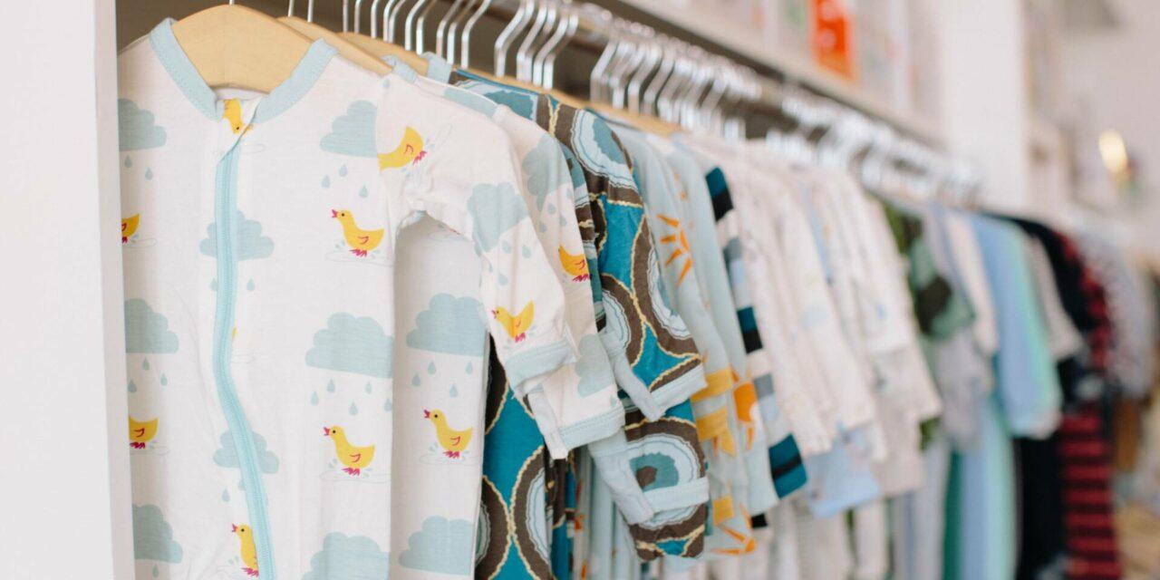 Bà đỡ và Cuộc sống – Hướng dẫn Cỡ Quần áo Sơ sinh Cơ bản cho Trẻ sơ sinh